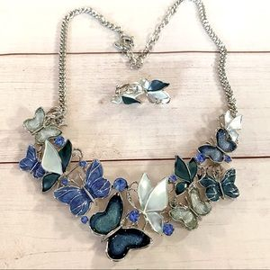 Beautiful Butterfly Necklace Set